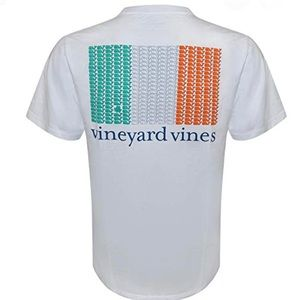 Vineyard vines xl men's tee NWOT brand new!